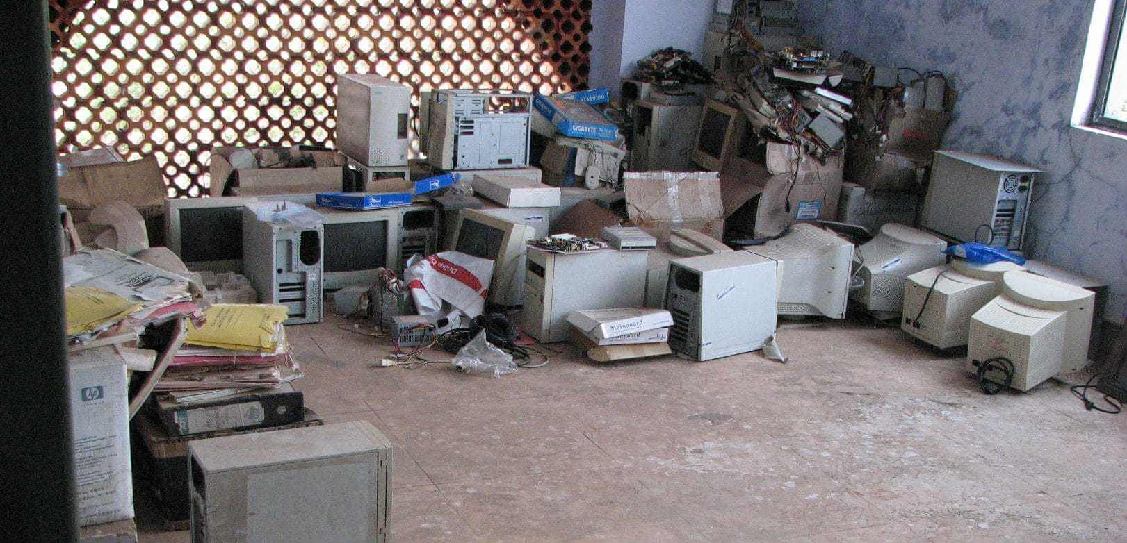 E waste1 e1569893450160 - Electronic Waste - Junk Removal